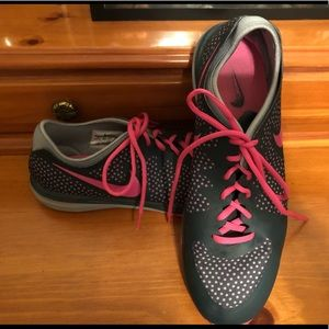 Excellent Condition Women's Nike Tennis Shoes